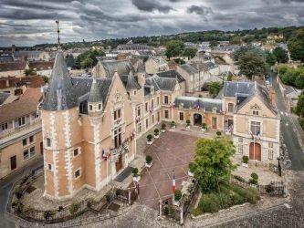 Photographie aérienne par drone de l'Hotel de Ville d'Etampes