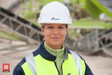 Portrait Corporate au sein d'un reportage industriel sur les métiers des matériaux de construction